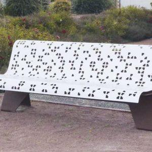 Hedera Bench Puzzle